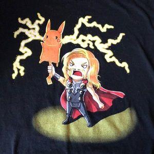 Shirts - Thor Pikachu graphic t-shirt